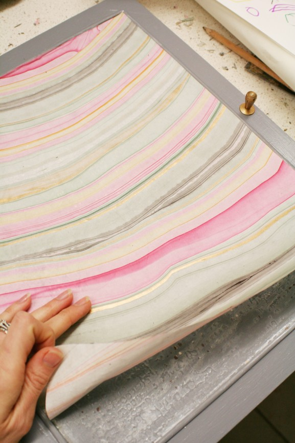 Marbled paper application