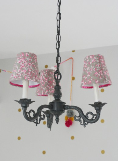 DIY fabric lampshade chandelier after